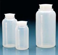 Широкогорлые бутылки (PE-LD) с завинчивающейся крышкой